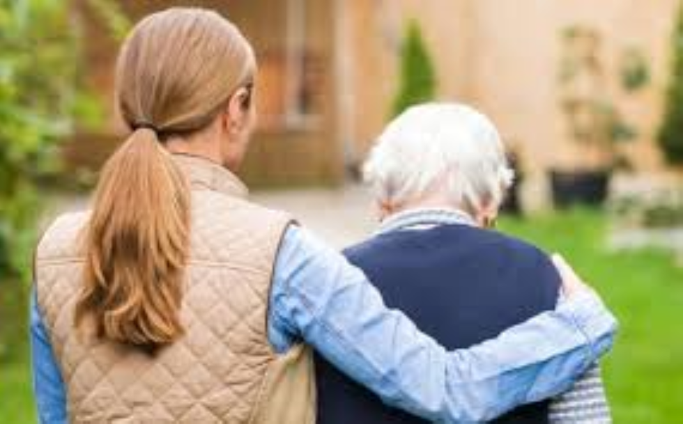 VI Libro Bianco, l'86% delle donne è impegnato nell'assistenza dei familiari