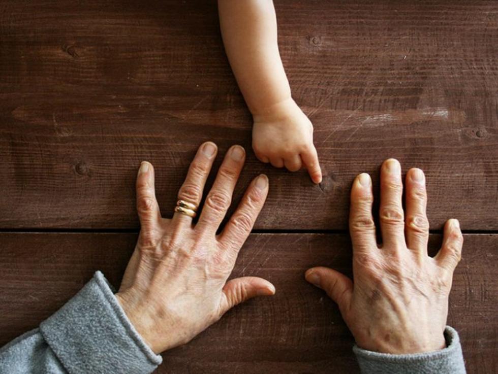 Festa dei nonni: Bonfanti, figure insostituibili per noi e per le nostre famiglie